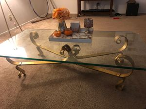 Beautiful antique table for Sale in Montclair, CA