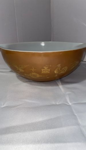 Pyrex bowl vintage for Sale in Yucaipa, CA