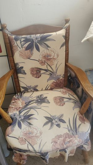 Antique Frank and Son Chair for Sale in St. Petersburg, FL