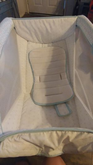 Beauty rest bassinet for Sale in Peoria, AZ