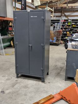 Battleship Of Storage Cabinets. 1800# Cap Per Shelf! Great For Tools, Ammo, Or Anything Else for Sale in Maple Valley,  WA