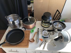 Moving Sale!! Basically Brand new. Copper Pot ($25), XL Fry Pan ($20), Mixing Bowls (set of 4) $10, Large Wood Cutting Board (w/ extras) $15, Stainle for Sale in Jersey City, NJ