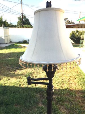 Floor Lamp- Swing Away- Complete with shade! for Sale in West Covina, CA