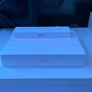 2019 Ipad Air 64gb With Apple Pencil for Sale in Portland, OR