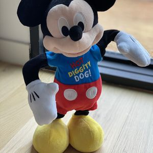 Mickey Mouse Clubhouse Hot Diggity Dance & Play Mickey - Baby for Sale in Atlanta, GA