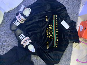 Tops sneakers deals hoodie specials 400!! for Sale in Hialeah, FL