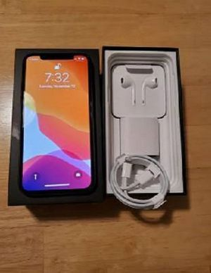 iPhone 11 PRO 256bg FREE Carrier for Sale in Virginia Beach, VA