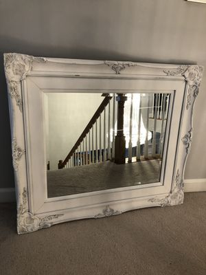 """42""""X36""""Large Antique Vintage White Distressed Wood Mirror for Sale in Gainesville, VA"""