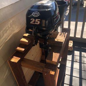 Four Stroke Suzuki 2.5 Outboard Motor for Sale in San Ramon, CA
