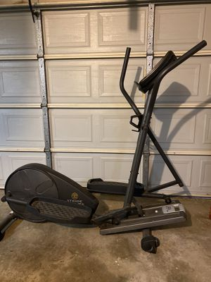 Golds Gym elliptical! for Sale in Red Oak, TX