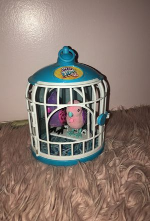 Little Live Pets bird cage and two cute bird!! for Sale in Tijuana, MX
