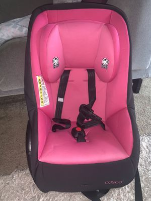 Cosco MightyFit 65 Convertible Car Seat for Sale in Atlanta, GA