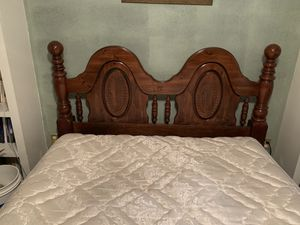 Queen size wood headboard and queen waterbed with bed frame. Waterbed has 8 individual tubes instead of 1 big bladder. Good condition. for Sale in Lexington, SC