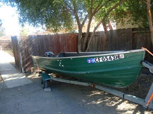 1970 starcraft 14 ft with 9 1/2 evenrude with 36 #trolling motor and battery. .$850 obp for Sale in Manteca, CA