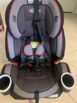 Graco 4in1 car seat/booster for Sale in Phoenix, AZ