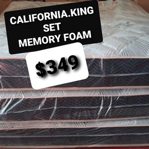 CALIFORNIA KING MEMORY FOAM MATTRESS AND BOX SPRING for Sale in Fresno, CA