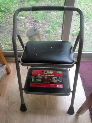 Step ladder for Sale in Raymond, OH