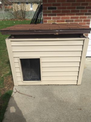 Dog house for Sale in Dearborn, MI