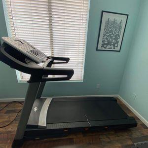 NordicTrack C800 Treadmill for Sale in Mesa, AZ