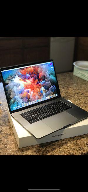 2019 MacBook Pro 15 Inch for Sale in Lawton, OK
