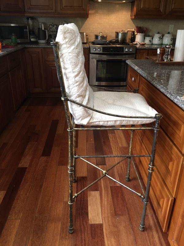 Tall bar stools
