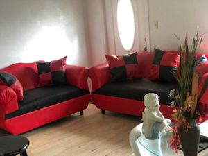 2-piece black and red sectional. new for Sale in Miami, FL