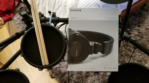 Alesis nitro electronic drum set with new NIXON headphones for Sale in Carlsbad, CA