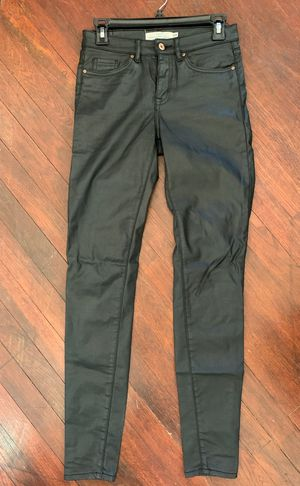 """H&M skinny """"leather"""" jeans US 4 for Sale in Nogales, AZ"""