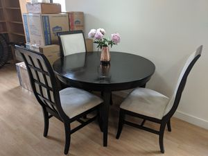 Kitchen Table & Chairs for Sale in Wilmington, DE
