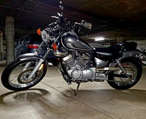 2017 YAMAHA V STAR LIKE A NEW for Sale in Los Angeles, CA
