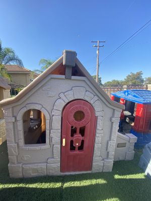 Step2 playhouse for Sale in Fontana, CA