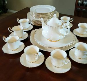 Royal Albert Affinity Fine China Collection for Sale in San Diego, CA