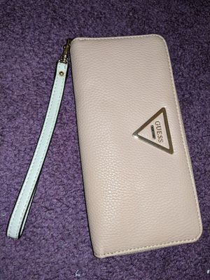 GUESS clutch wallet with strap for Sale in Germantown, MD