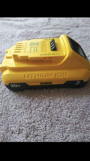 New DEWALT 20-Volt MAX Lithium-Ion Compact Battery 3.0 AH for Sale in Los Angeles, CA