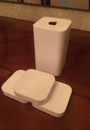 Apple Network - AirPort Extreme Base Station + (3) Airport Express for Sale in Williamston, SC