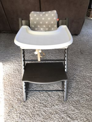 Stokke TrippTrap High Chair for Sale in Wenatchee, WA