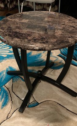 Coffee Tables for Sale in Grove City,  OH