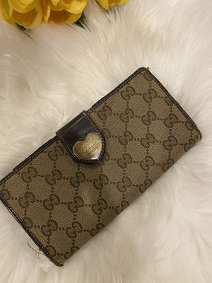Gucci authentic wallet for Sale in Houston, TX