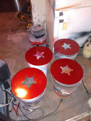 Pin stripes an brake dust covers for Sale in Houston, TX