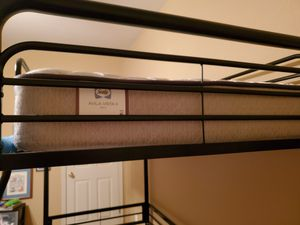 7ft Twin Loft bed for Sale in Pflugerville, TX