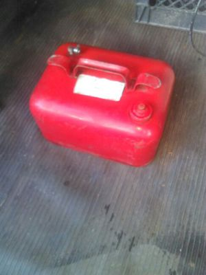 Small boat or whatever gas tank for Sale in Flint, MI