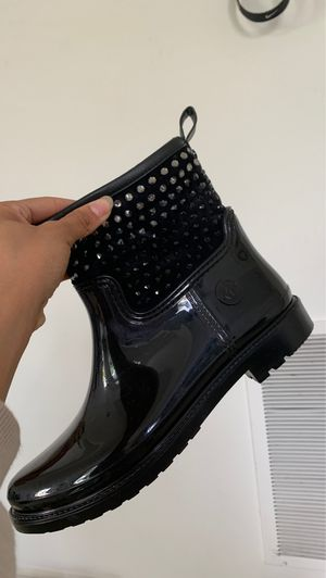 Michael Kors studded rain boots for Sale in Fort Washington, MD