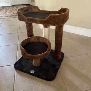 Small Cat Tree for Sale in Clovis, CA