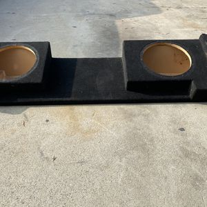 ($100) 88-98 Chevy Extended Cab 2/12s Sub Box for Sale in Sanger, CA