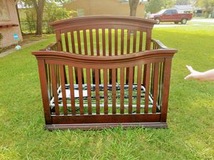 Cherry wood baby crib for Sale in Fort Worth, TX