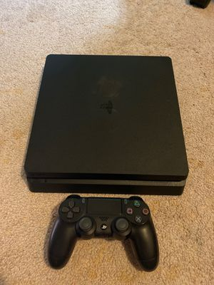PS4 Slim 1 TB - One Controller for Sale in Lynnwood, WA