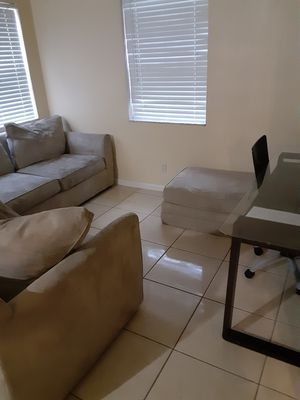 Moving must go!!!!! for Sale in Oakland Park, FL