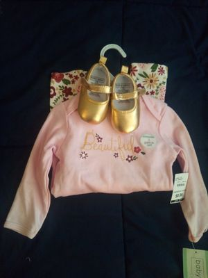 NEW! 3 PIECE BABY GIRL BOOTS OUTFIT(6-12MONTHS) for Sale in Atlanta, GA