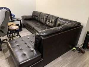 """Black Leather Sectional 10' x 6'5"""" for Sale in Oakland, CA"""