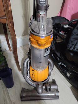 Dyson Ball Vacuum for Sale in San Antonio,  TX